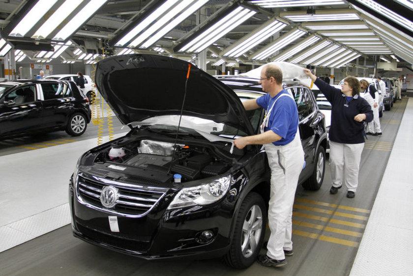 Volkswagen Tiguan İlk üretim tarihi: 2007 Yaş: 7\n