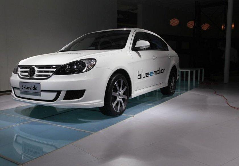 Volkswagen Lavida İlk üretim tarihi: 2008 Yaş: 6\n