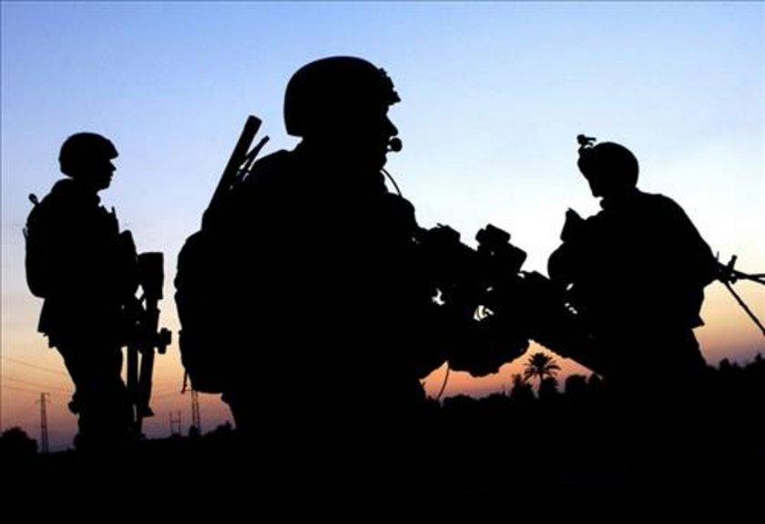 \nİngiliz Savunma Bakanlığı araştırmacıları, askerlerin vücut saatlerini ayarlayarak onları 36 saat uykusuz kalmaya alıştırmayı başardı.\n