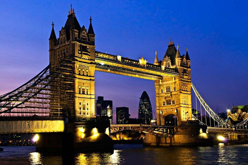 Londra\nMetrakare fiyatı : 41 bin 900 - 46 bin 300 dolar