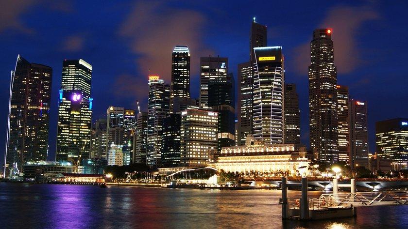 Singapur\nMetrekare fiyatı : 25 bin 200 - 27 bin 800 dolar
