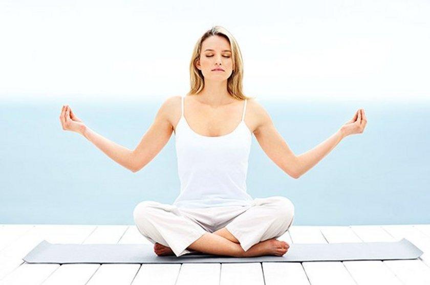 MEDİTASYON: Meditasyon zihninizi temizleyerek sizi uykuya meyilli hale getirir.
