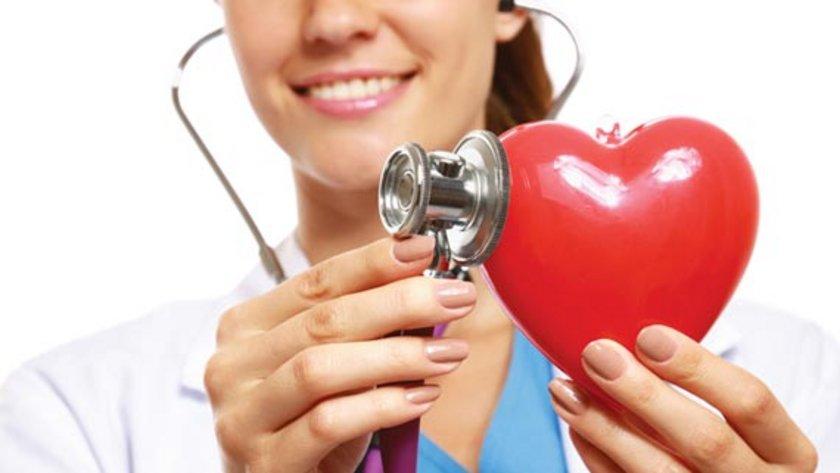 Kalp hastalıklarında son yıllarda yaşanan hızlı artışın en önemli nedenleri arasında yanlış beslenme alışkanlıkları, hareketsizlik ve çevresel faktörler yer alıyor.