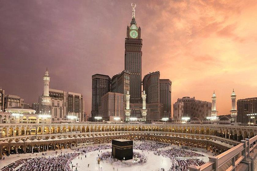 <b>3. Makkah Royal Clock Tower Hotel</b>\n<br>Mecca, Saudi Arabia, 601m