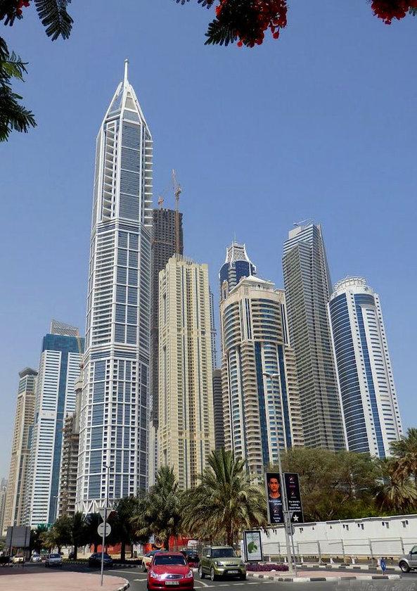 <b>18. 23 Marina (en uzun olan)\n<br>Dubai, UAE, 395m