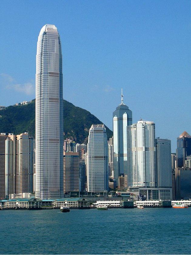 <b>17. 2 International Finance Centre</b>\n<br>Hong Kong, Hong Kong, 412m