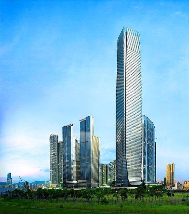 <b>7. International Commerce Centre</b>\n<br>Hong Kong, Hong Kong, 484m