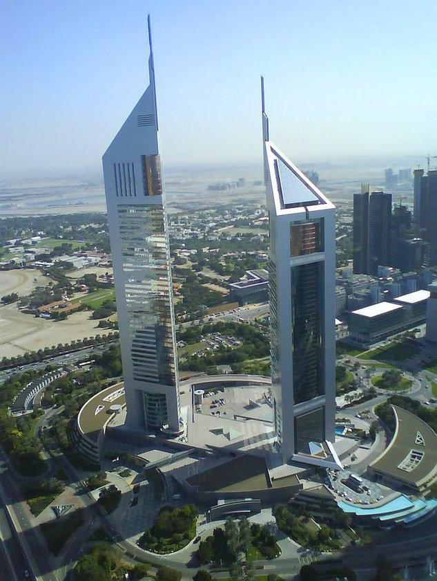 <b>32. Emirates Office Tower</b>\n<br>Dubai, UAE, 354m