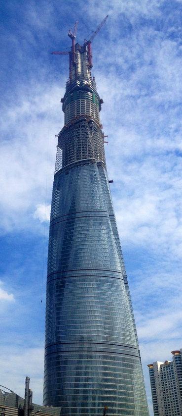 <b>2. Shanghai Tower</b> (yapım aşamasında)\n<br>Shanghai, China, 632m