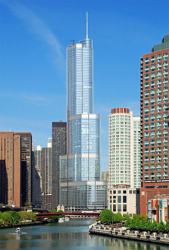 <b>13. Trump International Hotel and Tower</b>\n<br>Chicago, USA, 423m