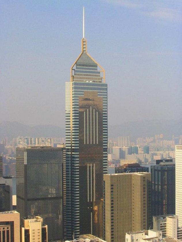 <b>25. Central Plaza</b>\n<br>Hong Kong, Hong Kong, 374m