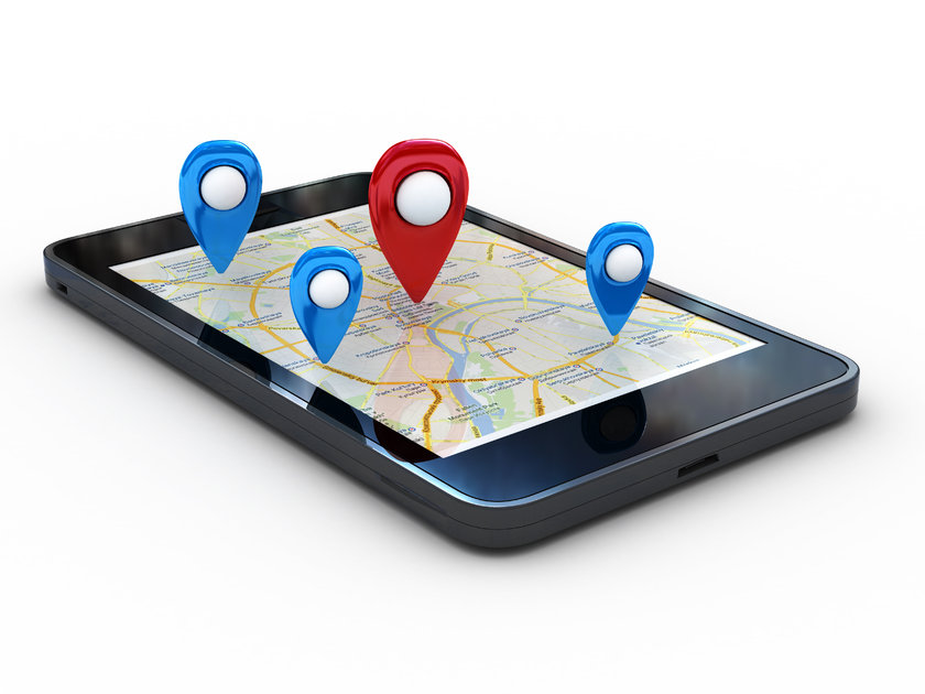 Bu uygulamalarda kullanıcıların sosyal medya sitelerinde bulunan bilgileri kullanılarak hem yeni arkadaşlar bulunuyor hem de bu arkadaşların kullanıcıya ne kadar mesafede olduğu ortaya çıkıyor.