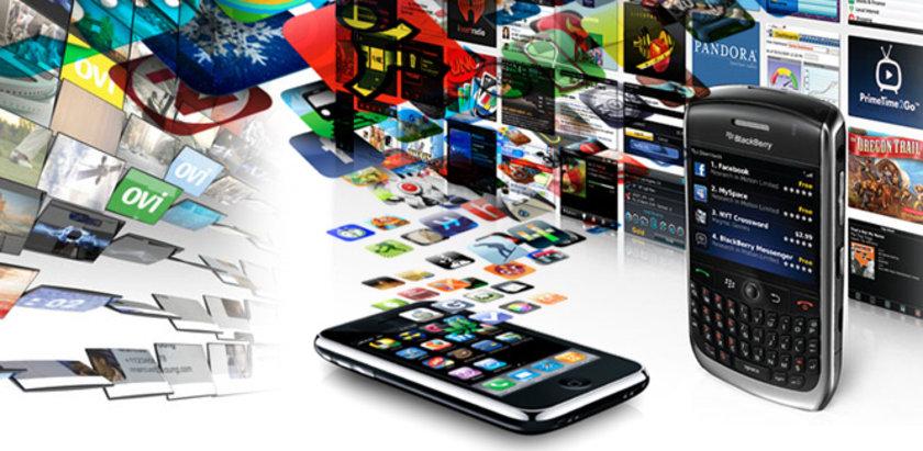 <b>AKILLI TELEFONLARIN 'OLMAZSA OLMAZ' UYGULAMALARI</b><br>İşte tüm zamanların en çok ilgi gören ve en başarılı uygulamaları: