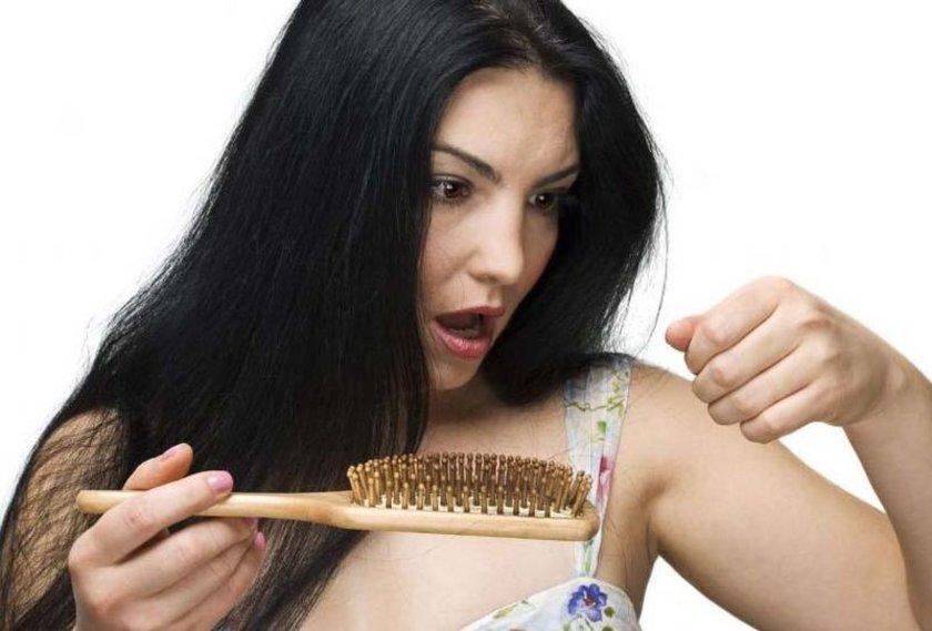 Modern yaşamın getirdiği sorunlardan birisde saç dökülmesi! Babalarımızın 40'lı yaşlardan itibaren yaşadığı sorun günümüzde 20'li yaşlara inmiş durumda.