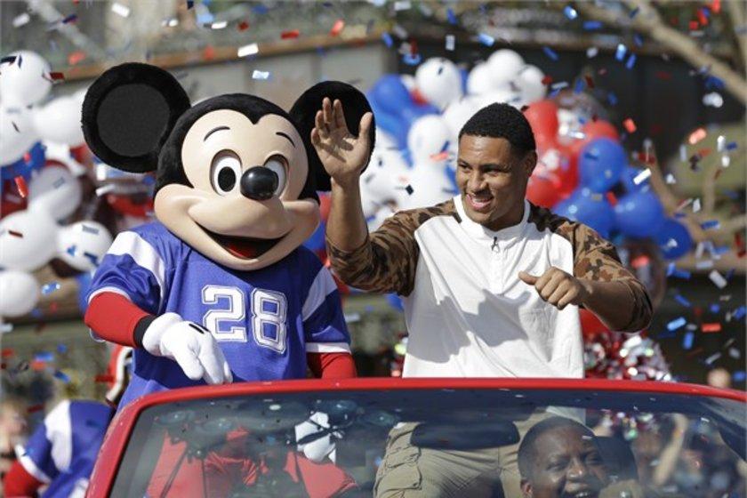 27- Walt Disney\n<br>Marka değeri 23,580 milyar dolar. \n