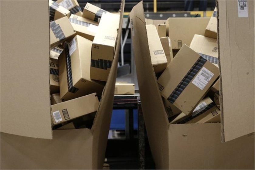 82- FedEx\n<br>Marka değeri 13,467 milyar dolar.