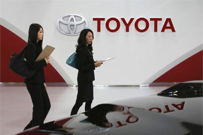 11-Toyota\n<br>Marka değeri 34,903 milyar dolar.