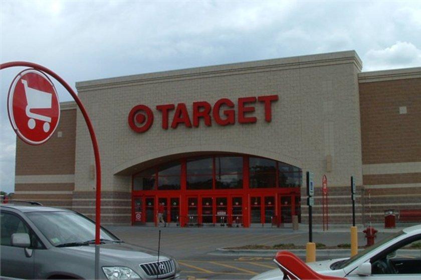 56- Target\n<br>Marka değeri 18,084 milyar dolar. \n