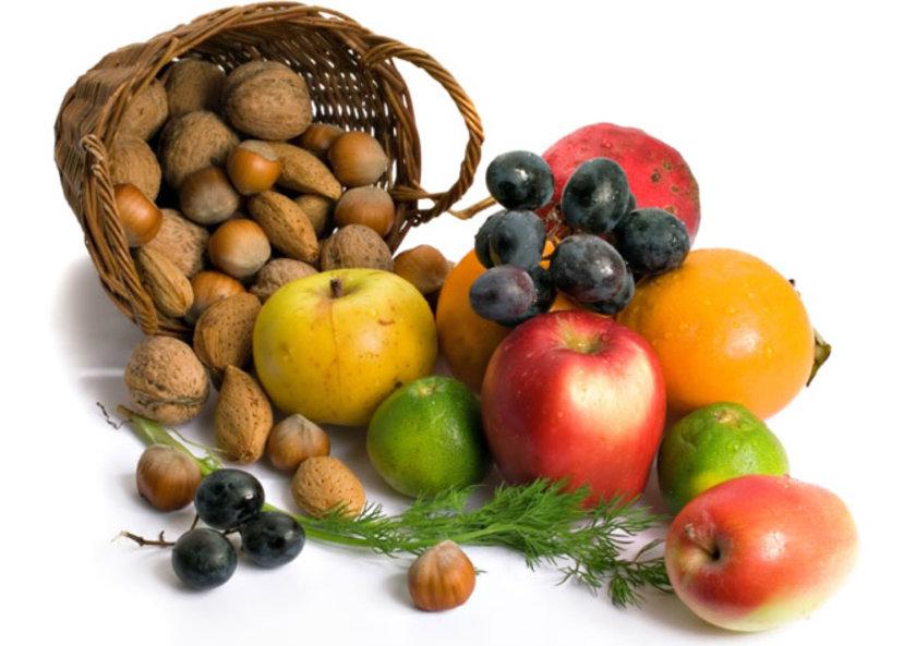 Özellikle meyveleri kabuğuyla yemenin (tabiki yiyice yıkdıktan sonra) sağlımız için oldukça yararlı antioksidan içeriği ve yüksek posa içeriği sayesinde kan basıncını düzenlediği bildirilmektedir.