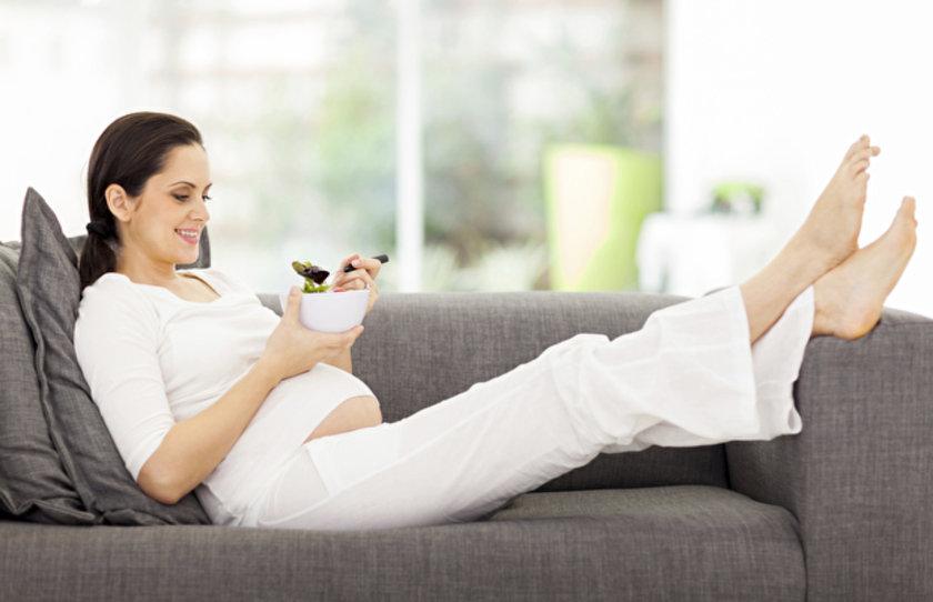 \nA vitamini barındıran hurma özellikle hamilelik döneminde vücut direncinizi arttırmanızı sağlar
