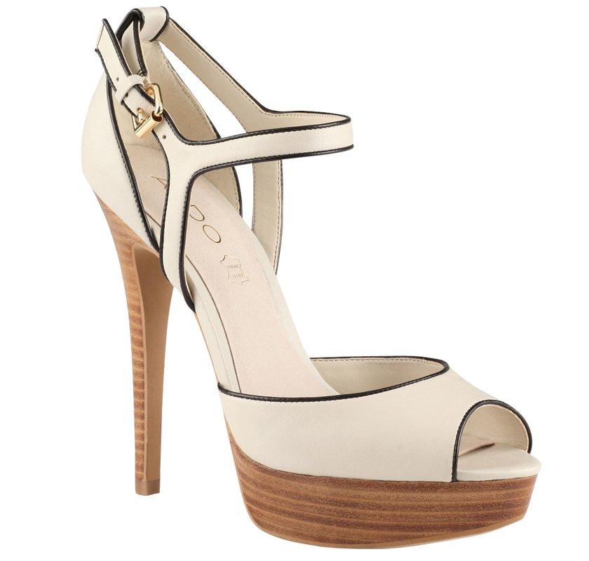 ca1e4e5ed1666 Aldo beyaz ayakkabı, yaz aylarında kullanabileceği ve çokta hoşlanacağı bir  armağan olacaktır.