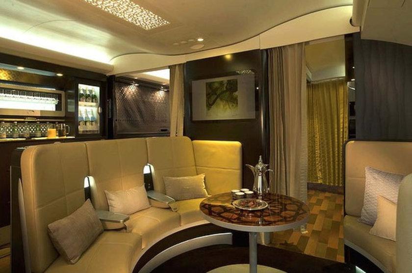 Uçağın en üst katında kurulacak rezidans bölümünde tek veya çift kişi olarak seyahat edilebilecek...