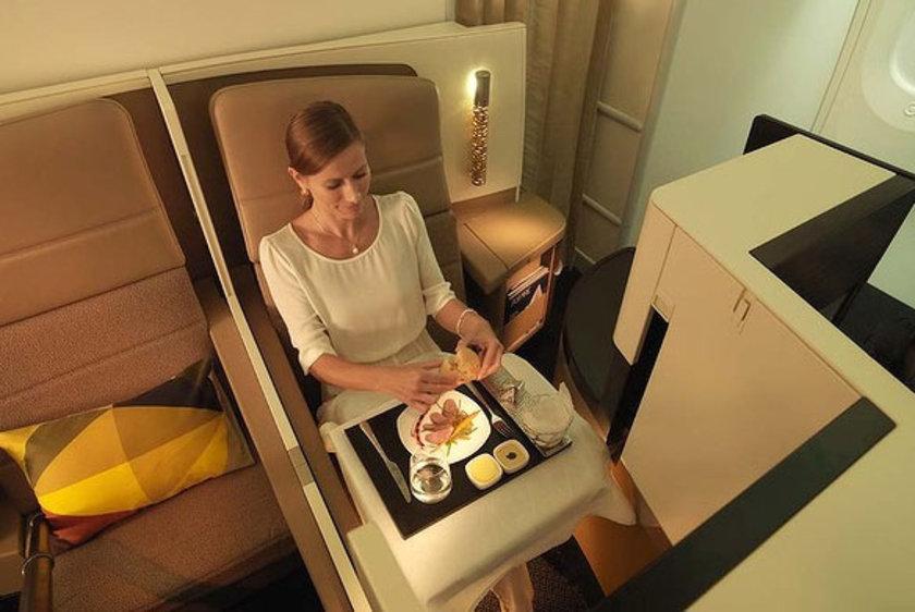 Bu arada hem AirbusA380'lerde, hem de Boeing 787'lerde Müslüman yolcular için mescit de olacak.
