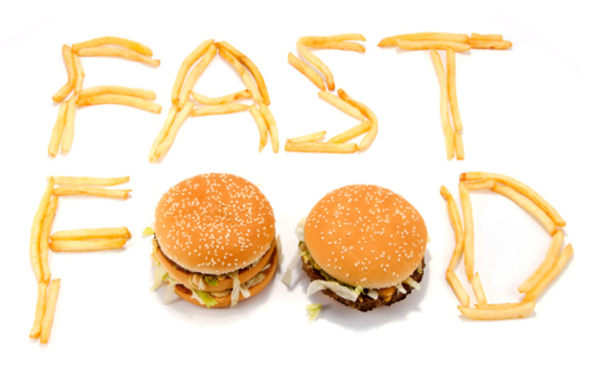 Dışarıdan Yemek <br> \n\nEvde ya da iş yerinde aylık fast food tüketiminizi hesaplayın. Eğer bu harcamalar düşükse sorun yok ama ciddi bir maliyet hesabı çıkıyorsa, dışarıdan yemek yemeğe bir son verin. \n