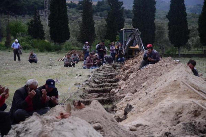 Mezar kazma çalışmaları sürerken, ileride bu adanın ölen madenciler için anıt mezara dönüştürülmesinin düşünüldüğü bildirildi.\n\nDHA