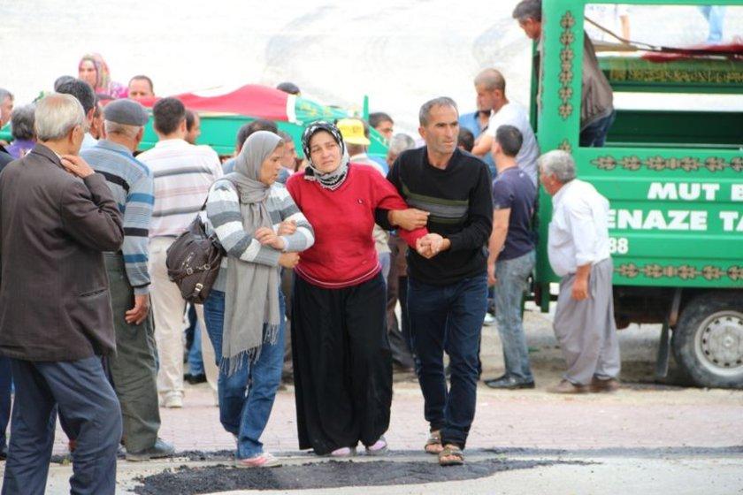 <b>BABAMI GÖTÜRMEYİN</b>\nMustafa Kaya'nın cenazesi, Soma'da ailesine teslim edilerek memleketi Mut'a getirildi.
