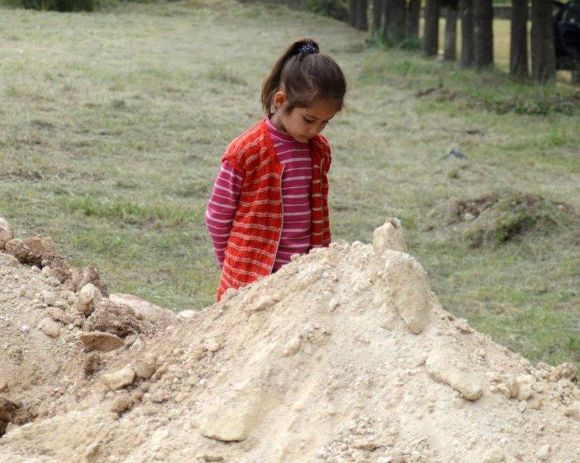 Hayatının baharında elim faciada vefat eden Karadağ, geride 3 yaşında bir kız çocuğu ve acılı bir eş bıraktı.