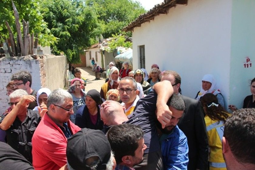 <b>SOMA'NIN ATEŞİ AYDIN'A DÜŞTÜ</b>\n\nMaden felaketinde hayatını kaybeden Zeynel Uzar'ın cenazesi memleketi Aydın'a getirildi.