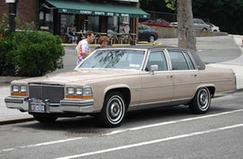 1981 Cadillac Fleetwood V-8-6-4\n