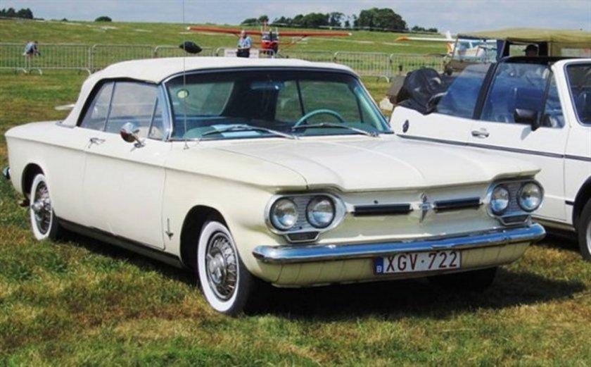 1961 Corvair\n