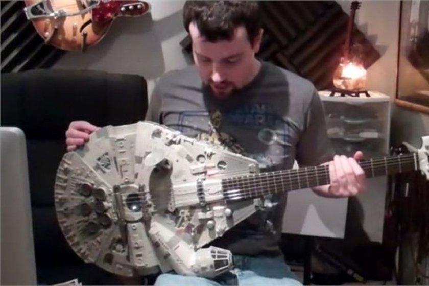 Falcon gitar\n<br>5 bin doların üzerinde