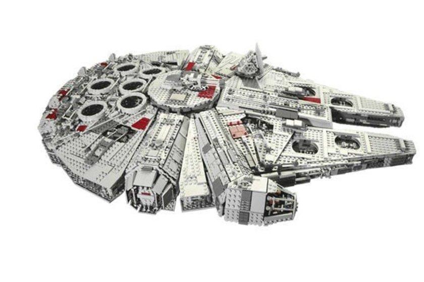 Lego savaş gemisi\n<br>3 bin dolar. \n