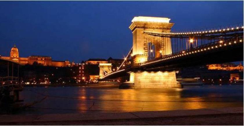 51 Macaristan yüzde -7.6