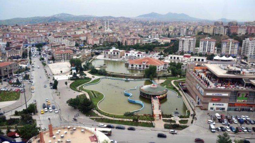 Şehir Ankara\nBölge Gölbaşı İncek<br>\n2010 (m2 fiyatı) 1000-1500<br>\n2013 (m2 fiyatı) 1500-3300<br>\n2015 (m2 fiyatı) 2500-5500<br>\n2013-15 Değişim (%) 67<br>\n