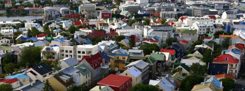 10 İzlanda yüzde 9.7