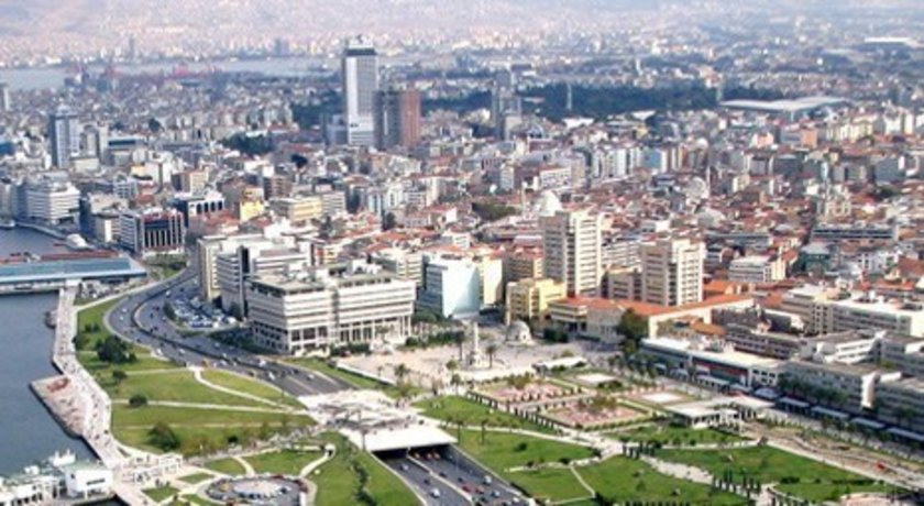 Şehir Antalya\nBölge Muratpaşa-Lara Bölgesi<br>\n2010 (m2 fiyatı) 1500<br>\n2013 (m2 fiyatı) 2400<br>\n2015 (m2 fiyatı) 3000<br>\n2013-15 Değişim (%) 25<br>\n