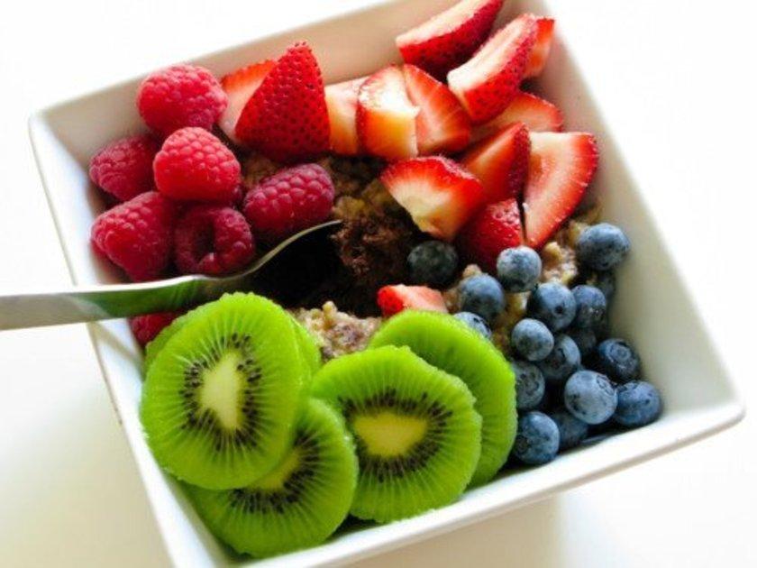 Lif, yağ ve protein içeren besinler tokluğunuzu sürdürmenize yardımcı olur