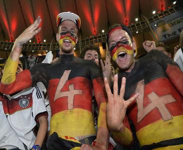 Almanlardan çılgın kutlama!