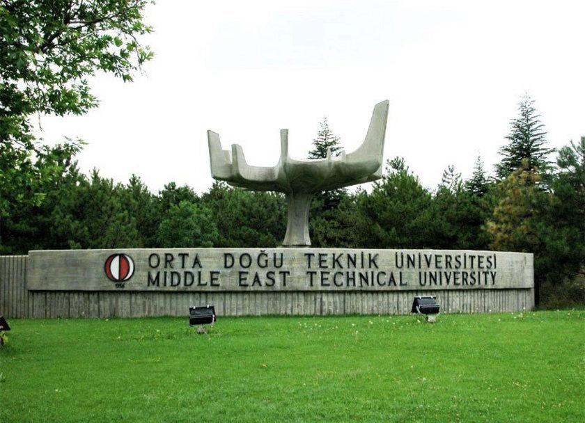 Üniversite sınavına giren öğrencilerin tercihlerini yaptığı bugünlerde gözler en iyi eğitim veren kurumlara çevrildi. İşte Türkiye'nin en iyi firmalarındaki tepe yöneticilerinin mezun oldukları okullar...\n