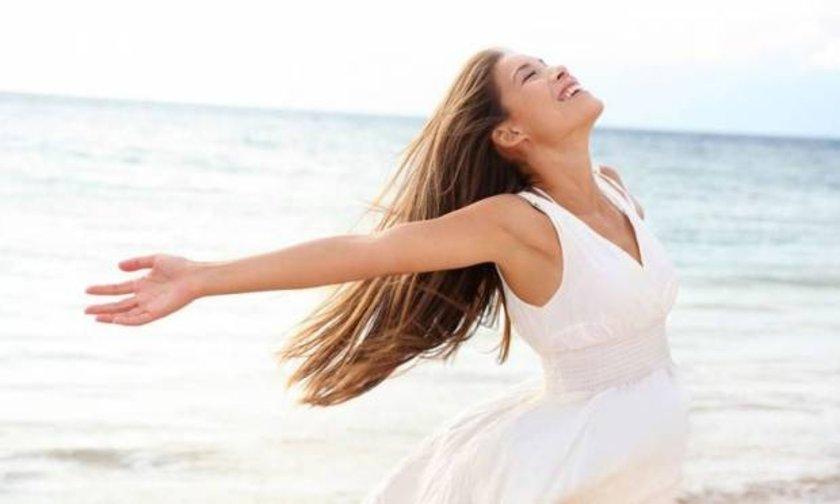 İngiltere'de yapılan araştırmaya göre; 'pozitif düşünerek' vücutta hissedilen ağrıları azaltmak mümkün.