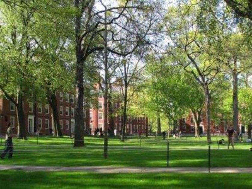 ABD\n<br>\nHarvard Üniversitesi\n<br>\nDünya sıralaması: 1