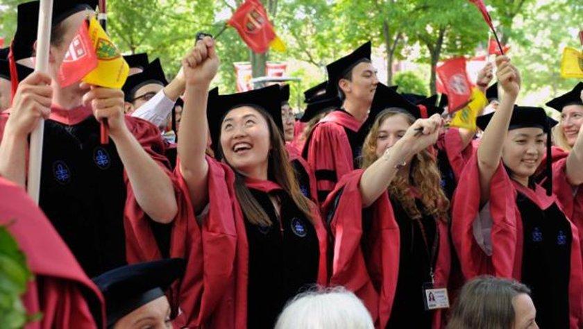 Listede gelişmekte olan ülkelerin üniversitelerinin dünya sıralamasında geride kaldığı dikkat çekildi. Listede Türkiye de yer aldı. İşte 35 ülke ve bu ülkelerin en iyi üniversiteleri...