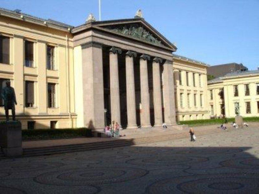 Norveç\n<br>\nOslo Üniversitesi\n<br>\nDünya sıralaması: 111