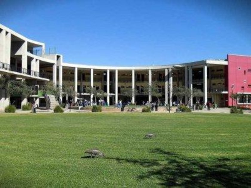 Güney Afrika\n<br>\nWitwatersrand Üniversitesi\n<br>\nDünya sıralaması: 114 \n