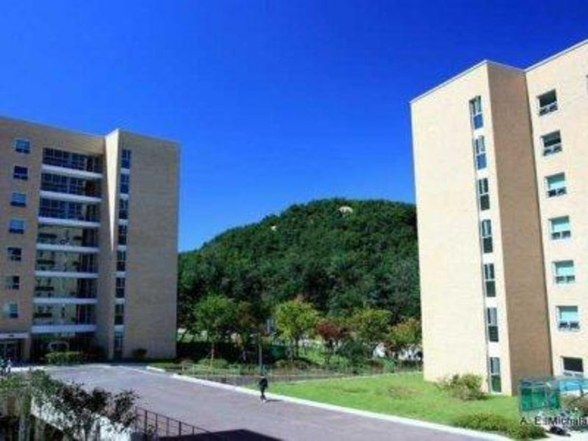Güney Kore\n<br>\nSeul Ulusal Üniversitesi\n<br>\nDünya sıralaması: 24