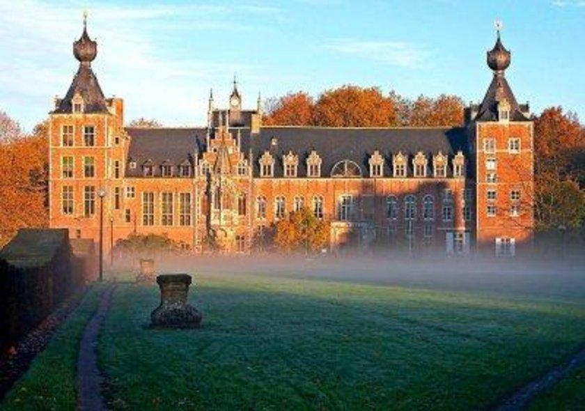 Belçika\n<br>\nKatolik Leuven Üniversitesi\n<br>\nDünya sıralaması: 94